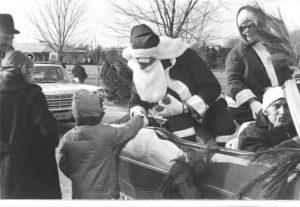 old-santa-car2